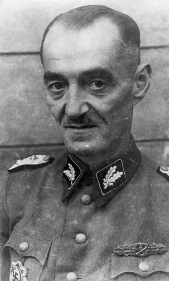Kaci Warszawy: Oskar Dirlewanger (fot. Bundesarchiv 183-S73495)