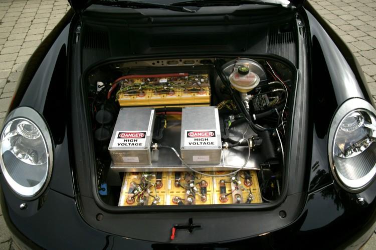 Zobacz elektryczne Porsche...