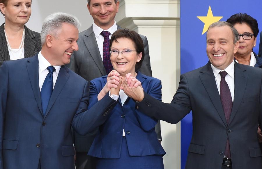 Desygnowana na premiera, marszałek Sejmu Ewa Kopacz z nowymi ministrami Cezarym Grabarczykiem (minister sprawiedliwości) i Grzegorzem Schetyną (minister spraw zagranicznych)