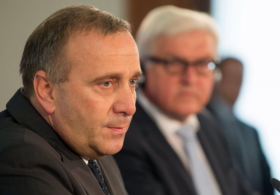 Minister spraw zagranicznych Grzegorz Schetyna (L) i minister spraw zagranicznych Niemiec Frank-Walter Steinmeier (P)