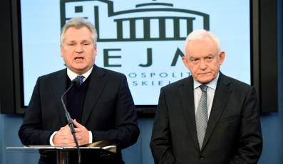 Przewodniczący SLD Leszek Miller i były prezydent Aleksander Kwaśniewski