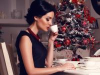 Olśniewaj! Najmodniejszy makijaż na świąteczne przyjęcia krok po kroku