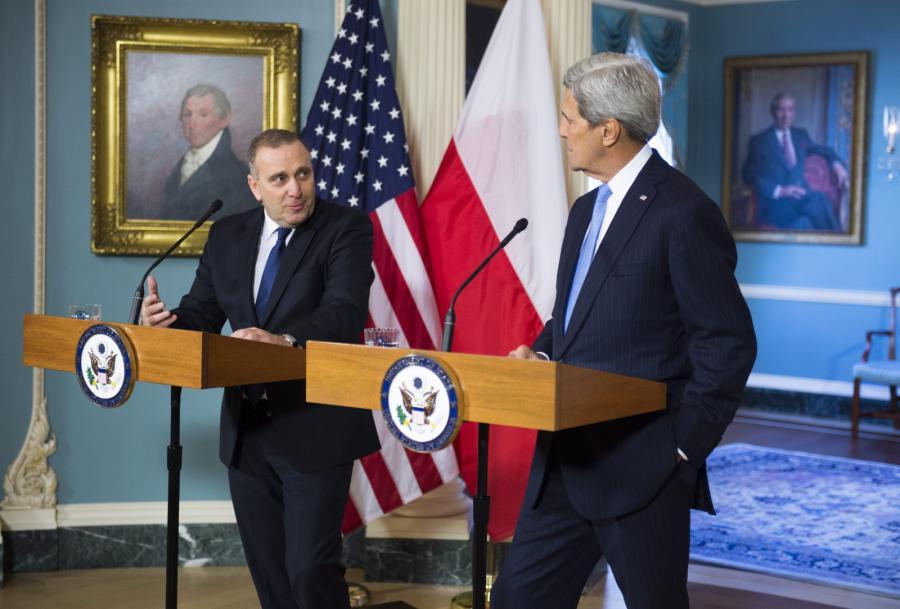 Szef polskiego MSZ Grzegorz Schetyna i sekretarz stanu USA John Kerry