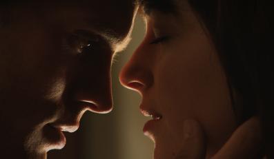 """""""Pięćdziesiąt twarzy Greya"""" w kinach na walentynki 2015 roku"""