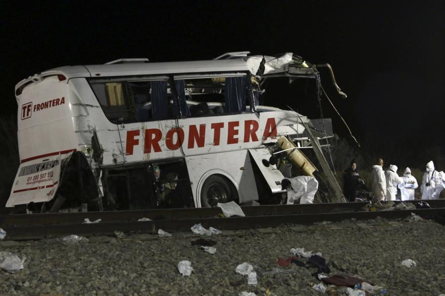 Rozbit autokar na miejscu katastrofy