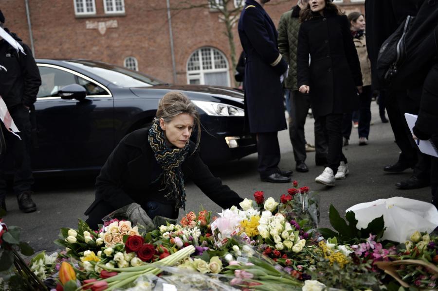 Duńczycy upamiętniają ofiary strzelaniany