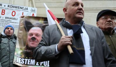 Protest rolników przed ministerstwem rolnictwa