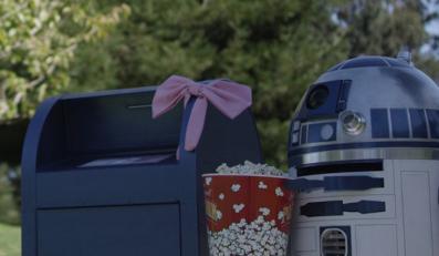 Zakochany R2-D2 podbija sieć