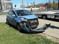 Bogusław Wołoszański staranował dużym BMW małą kię. Policja uznała go winnym. ZDJĘCIA