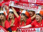 Piękne Hiszpanki oklaskiwały Polaka, który wygrał Ligę Europy