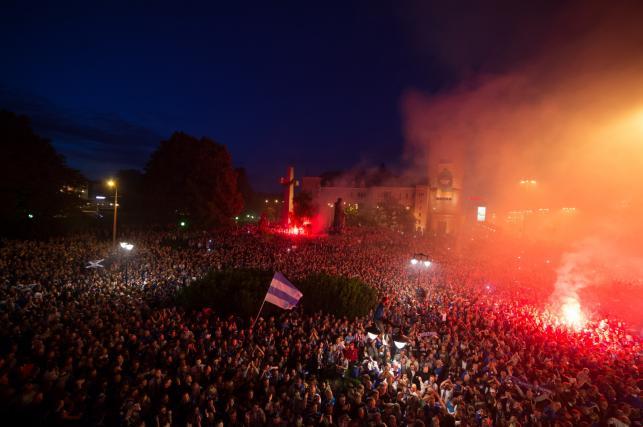 Tak Poznań świętował mistrzostwo Polski zdobyte przez piłkarzy Lecha