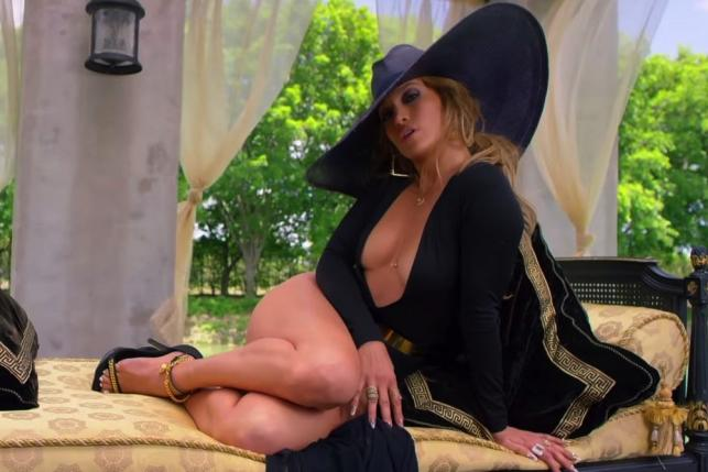 Jennifer Lopez wodzi na pokuszenie...