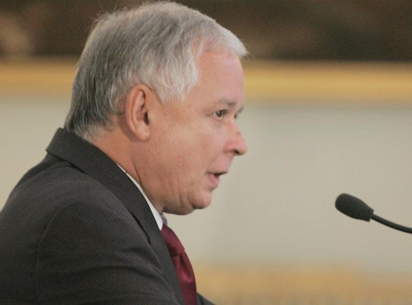 Kaczyński nie jest już najmniej popularny
