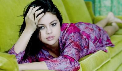 Selena Gomez chciałaby ze starszym