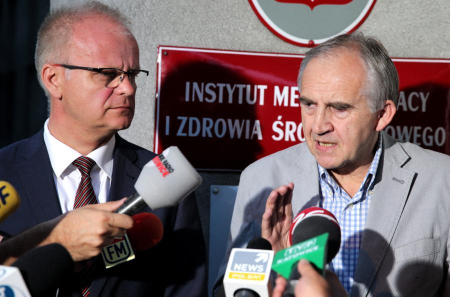 Wojewoda śląski Piotr Litwa i minister zdrowia Marian Zembala