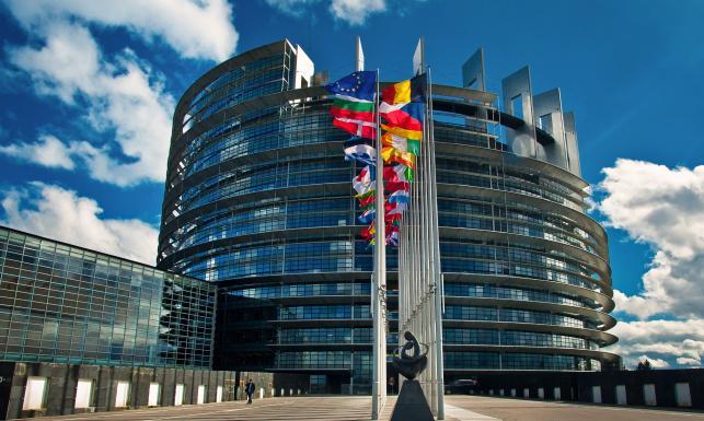 Debata o Polsce w Parlamencie Europejskim. Ludowcy i socjaliści atakowali, a konserwatyści bronili polskiego rządu