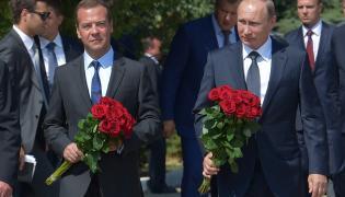 Dmitrij Miedwiediew i Władimir Putin