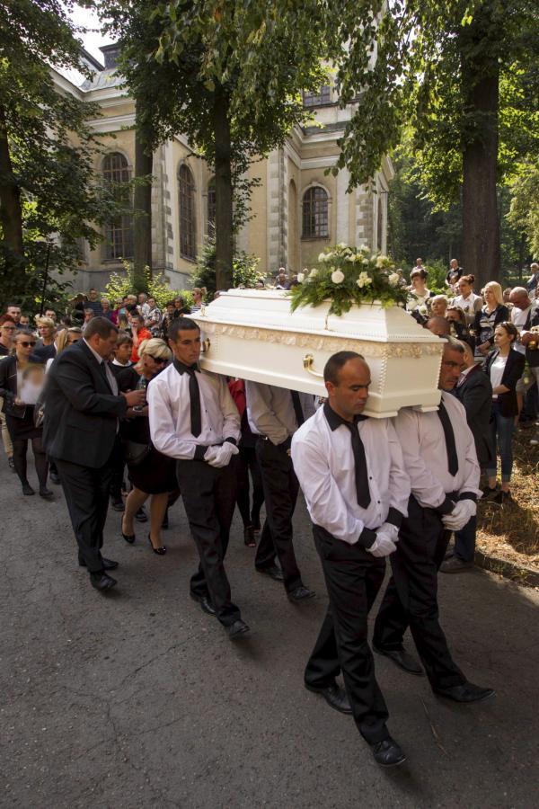 Pogrzeb 10-letniej Kamili z Kamiennej Góry