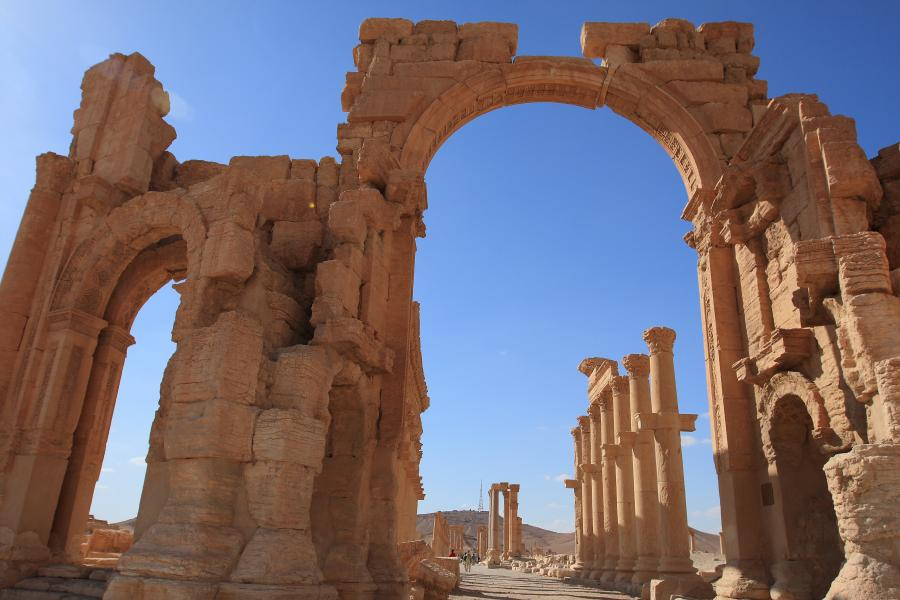 Palmyra, Syria. Starożytny łuk rzymski, który wysadzili dżihadyści z ISIS