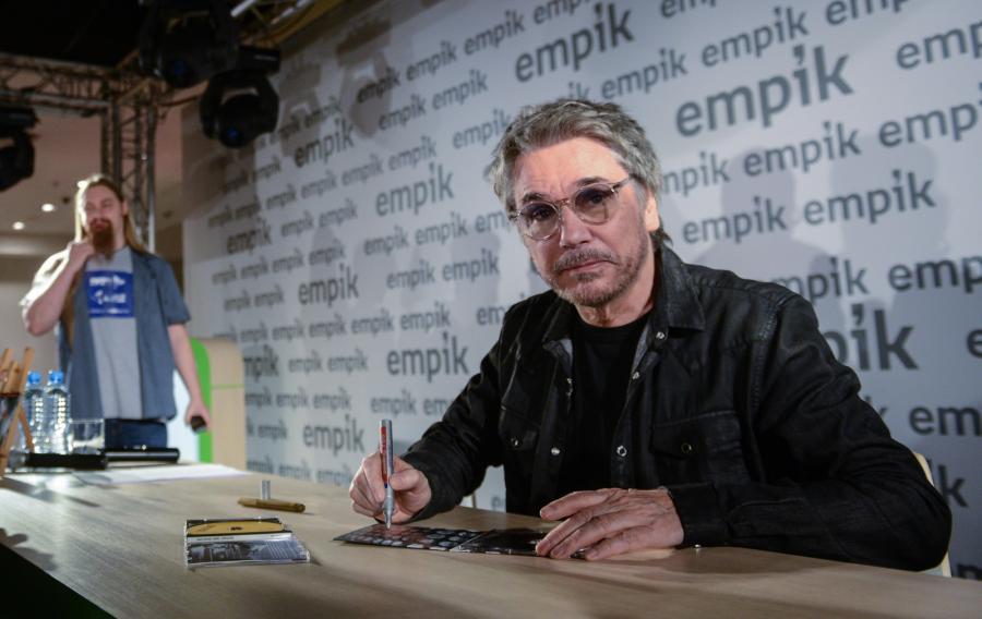 Jean-Michel Jarre podpisywał swoją nową płytę