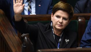 Premier Beata Szydło głosuje w Sejmie