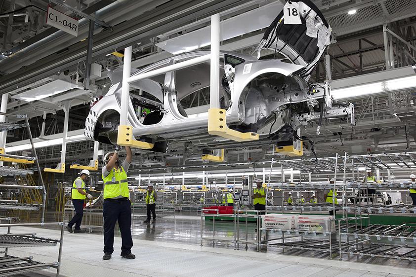 Kia otworzyła fabrykę w Meksyku
