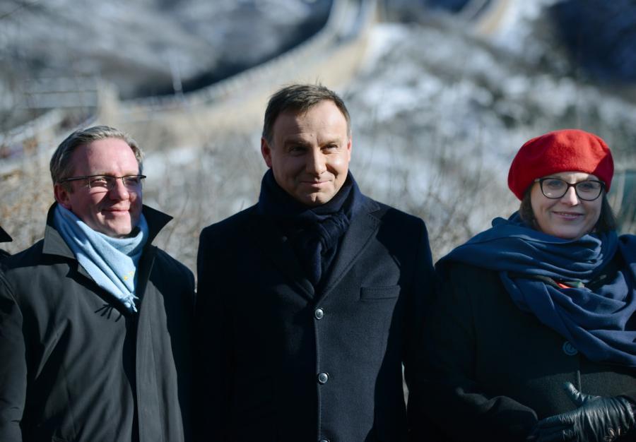 Krzysztof Szczerski, Andrzej Duda, Małgorzata Sadurska na Wielkim Murze Chińskim