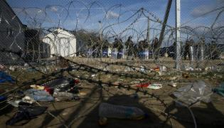 Obóz dla uchodźców na pograniczu grecko-macedońskim