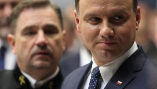 """Prezydent Andrzej Duda (P) i przewodniczący NSZZ """"Solidarność"""" Piotr Duda (L)"""