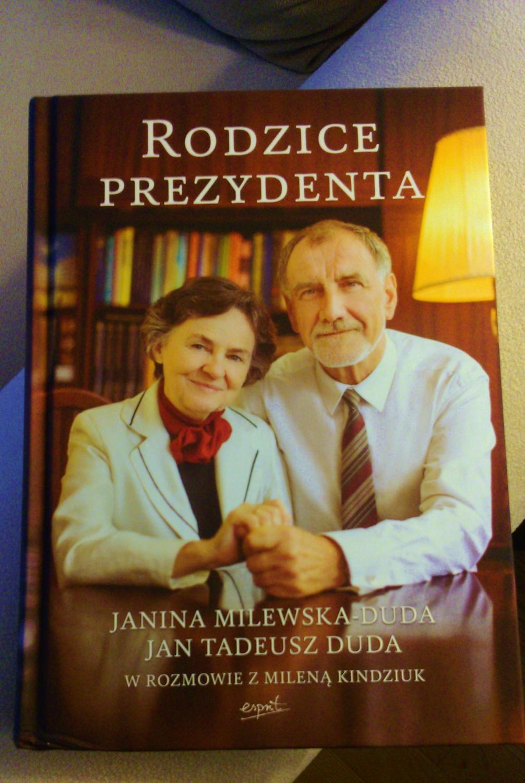 """Książka """"Rodzice prezydenta"""""""