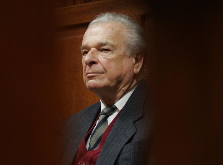 Proces Kiszczaka za... zwolnienie milicjanta