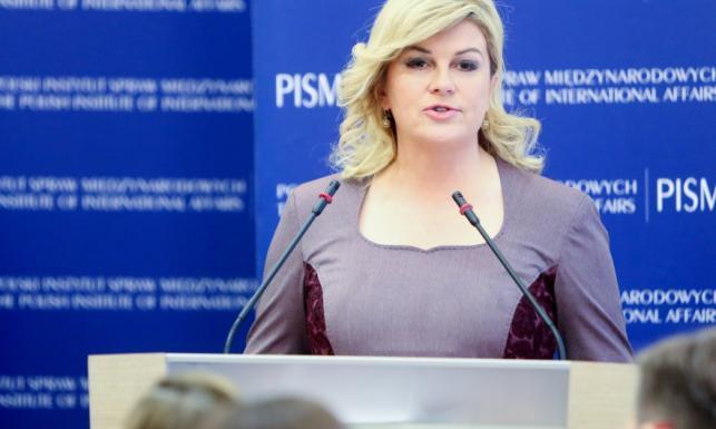 Zdjęcia: Jak mogła to zrobić biustowi? Prezydent Chorwacji ...