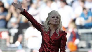 Lady Gaga pierwsza na Super Bowl, Grammy i Oscarach