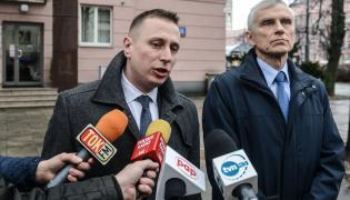 Posłowie PO Krzysztof Brejza (L) i Marcin Święcicki (P) podczas konferencji prasowej