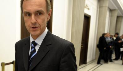 Minister obrony: Nie handluję posadami