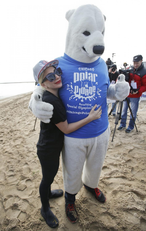 Lady Gaga i polarny misiek