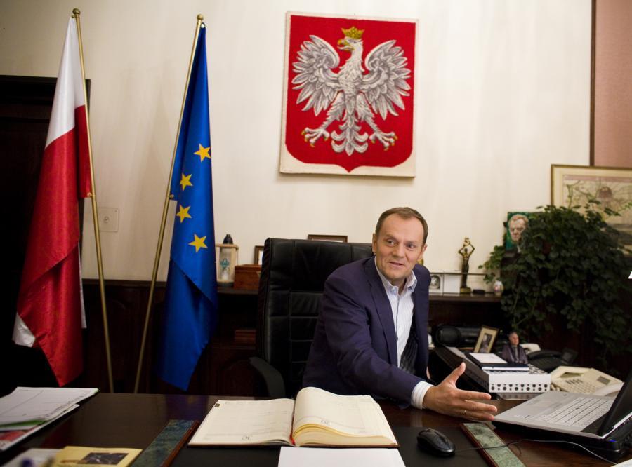 """Kilka mocnych kropek nad """"i"""" stawia w wywiadzie dla """"Dziennika"""" premier Donald Tusk"""