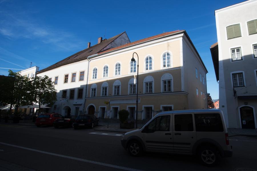Dom, w którym urodził się Adolf Hitler