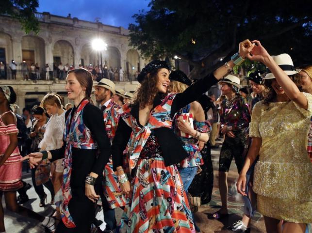 Chanel Resort 2017 Kuba