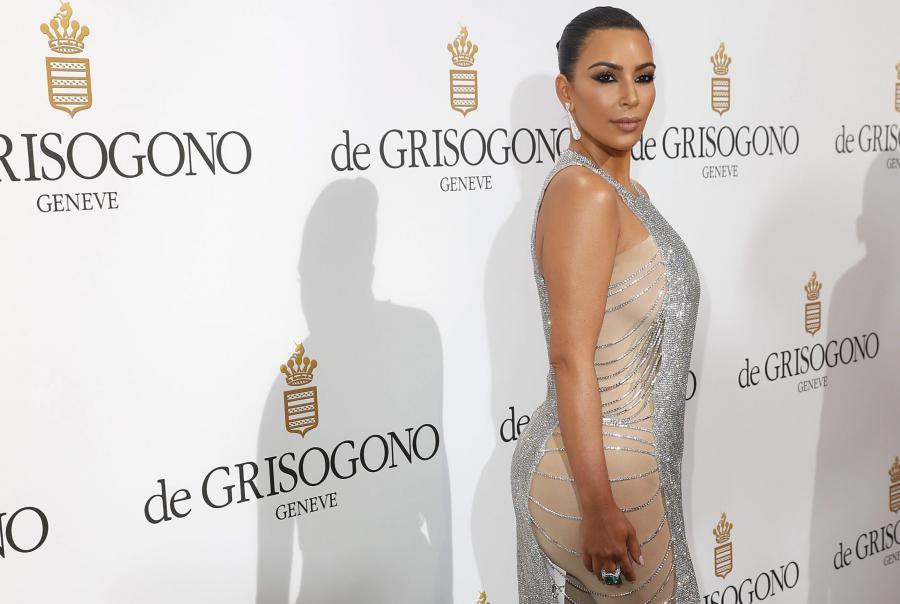 Kim Kardashian też uznała, że warto sięw Cannes zaprezentować...
