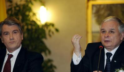 Juszczenko i Kaczyński proponują spotkanie w sprawie gazu