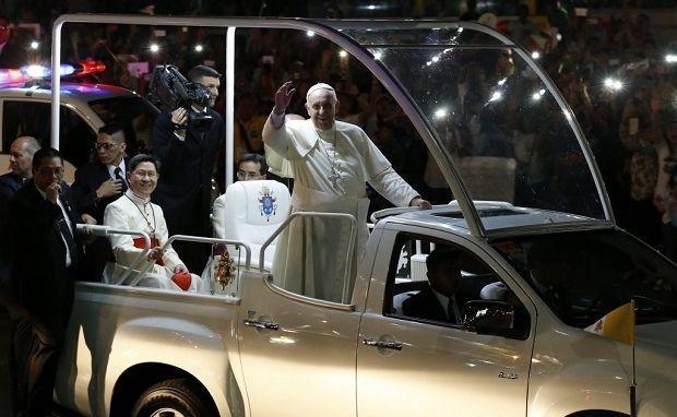 ŚDM: Stworzenie nowego papamobile papieża Franciszka trwało dwa miesiące [FOTO]