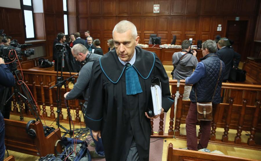 Roman Giertych na sali sądowej
