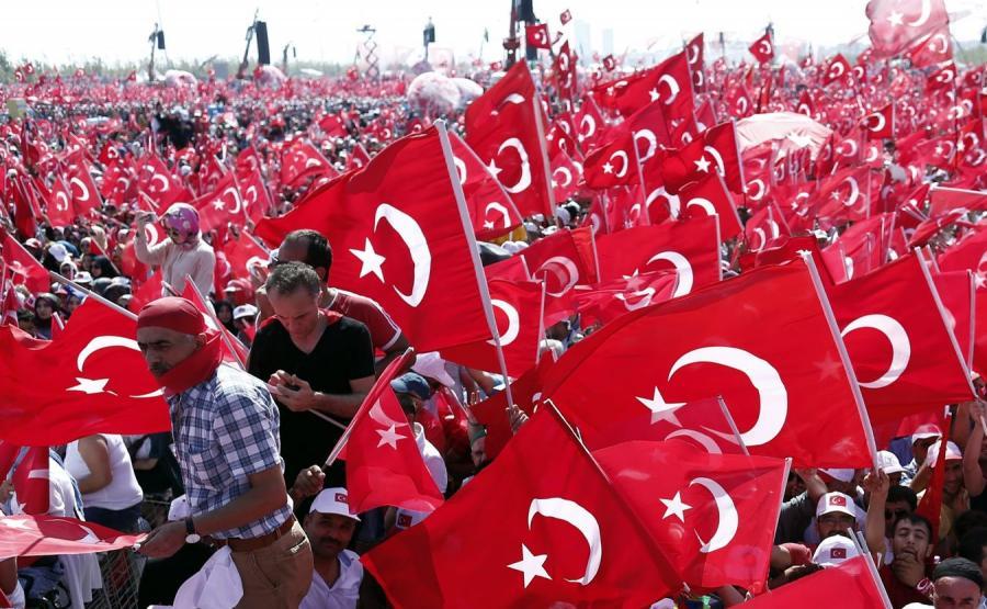 Wiec w Stambule