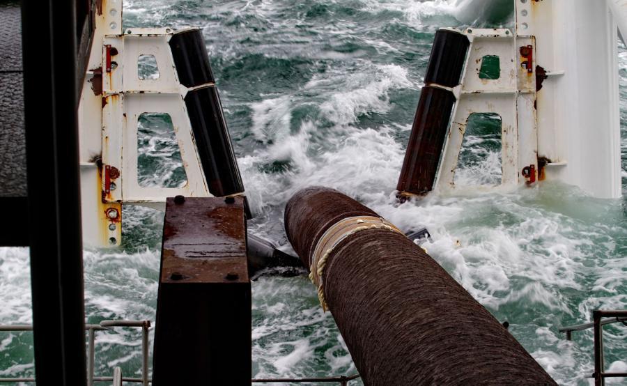 Budowa podwodnego rurociągu