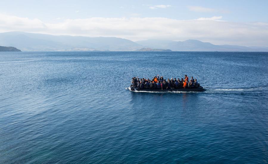 Łódź z imigrantami na Morzu Śródziemnym