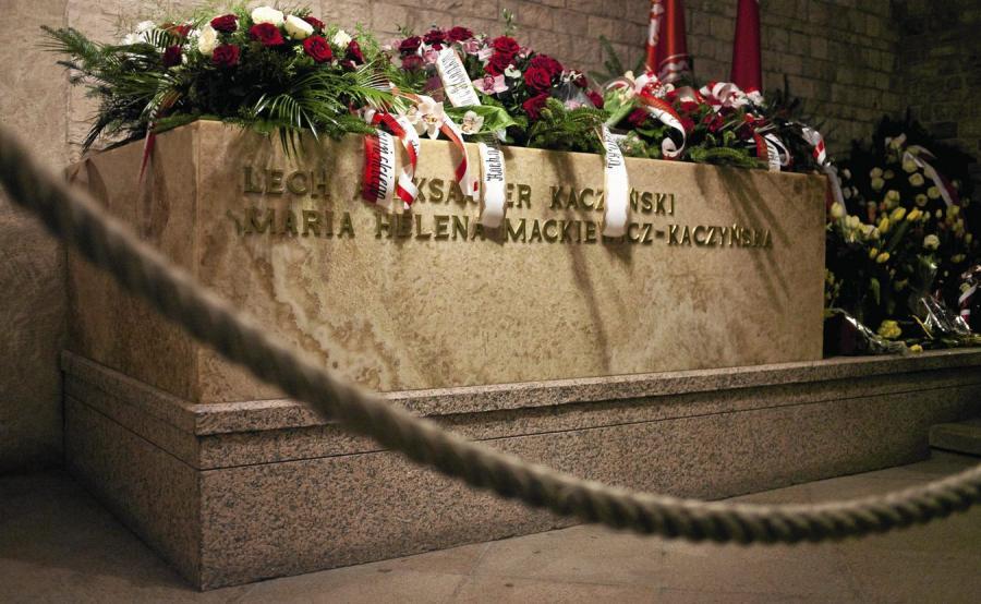 Sarkofag pary prezydenckiej w krypcie wawelskiej