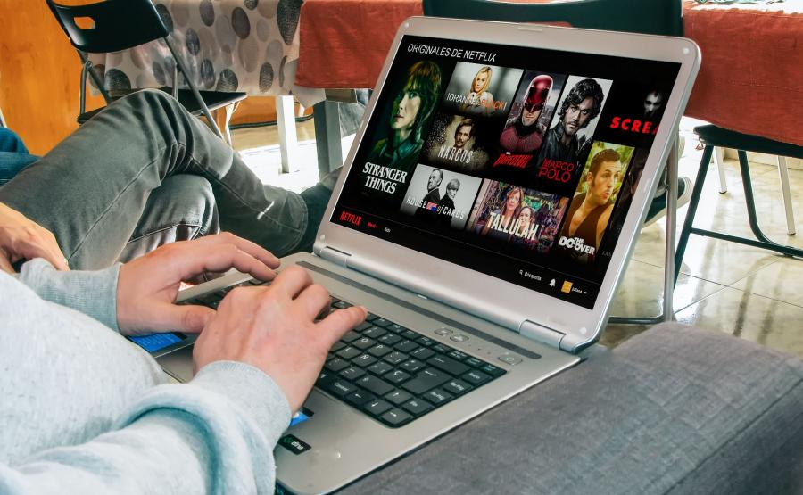 Oglądanie Netflixa na komputerze
