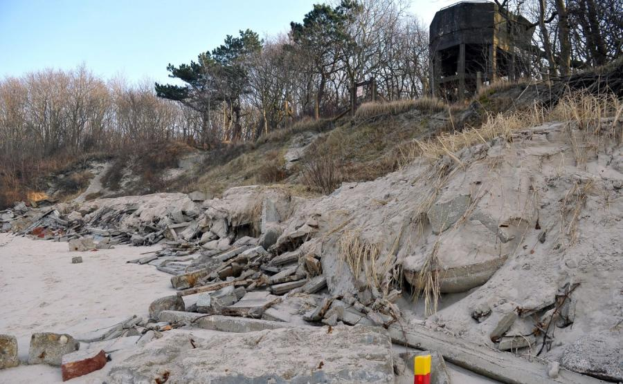 Bunkry na plaży w Kołobrzegu