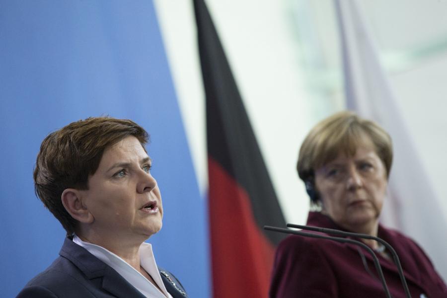 Beata Szydło, Angela Merkel